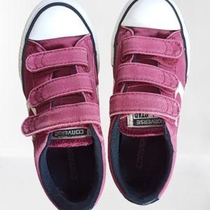🍄Converse Velcro Shoes Size 12